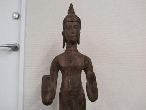 クメール木彫り仏2