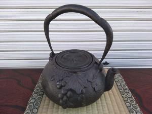 龍文堂 鉄瓶2