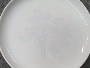 井上萬二 青白磁彫文皿2
