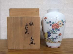 柿右衛門 錦菊牡丹文花瓶