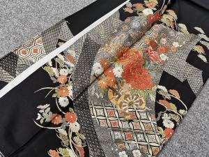 黒留袖 刺繍