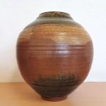 伊藤東彦 鉄釉草紋花瓶3