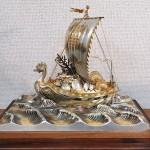 銀製宝船 関武比古